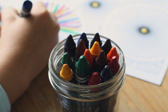 Zalety niepublicznych przedszkoli - dlaczego powinniśmy wysłać dziecko do tego typu przedszkola?