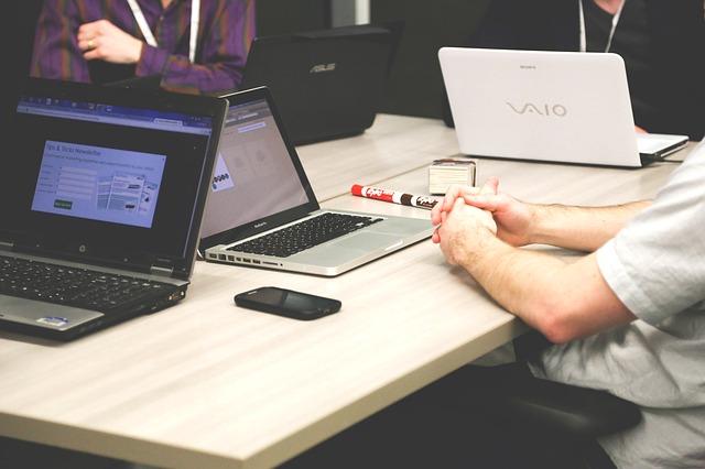 Jak wygląda obsługa klienta w wirtualnym biurze?